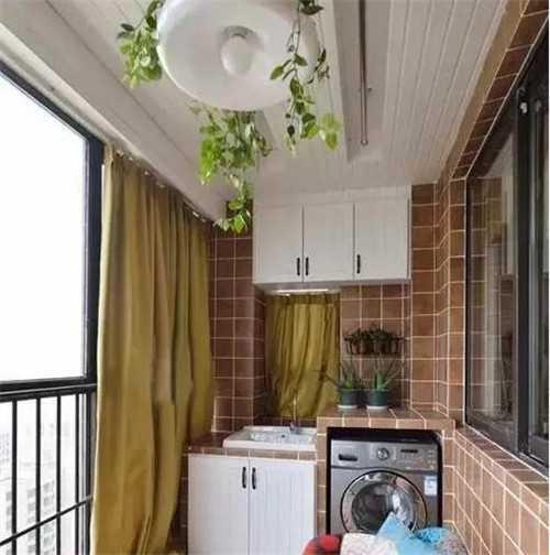 客厅晒衣服区域装修图 阳台晒衣服设计如何出彩